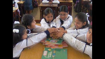 Arequipa: líderes de religiones firman 'compromiso' para recuperar valores