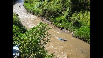Piura: joven muere ahogada tras caer mototaxi al río en Sechura