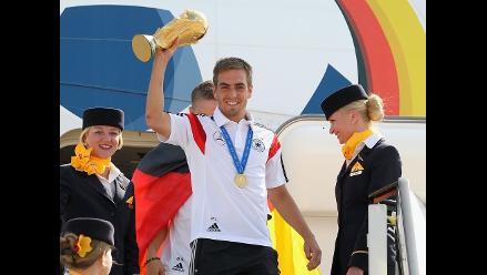 Philipp Lahm dice adiós a la selección de Alemania tras coronarse campeón