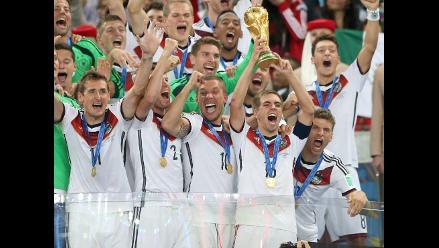 Federación alemana rendirá homenaje a Lahm en amistoso ante Argentina