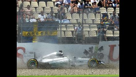 Mira el aparatoso choque de Lewis Hamilton en Alemania