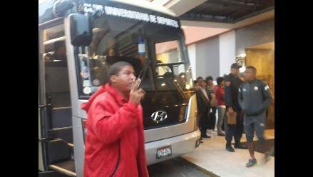 Universitario partió al Estadio Nacional para jugar el Clásico peruano