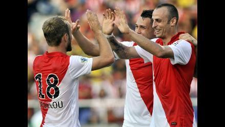 Dimitar Berbatov anotó un golazo en el triunfo de Mónaco ante Junior