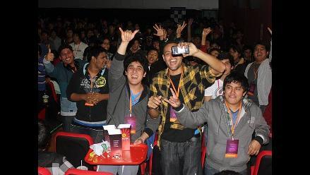 Fanáticos peruanos de Dota 2 vivieron la final de The International 4