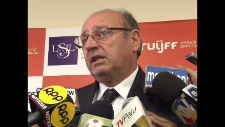 Markarián: Problema del fútbol peruano pasa por la formación de jugadores