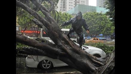 Tifón Rammasun deja 56 muertos en China mientras otro ciclón se acerca