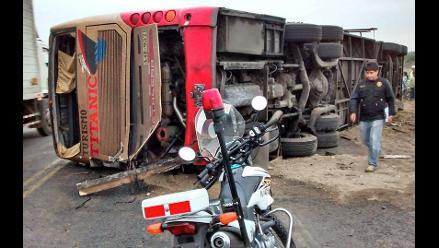 Huaura: despiste de ómnibus dejó 30 personas heridas