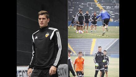 Valencia entrenó en Matute para encuentro ante Alianza Lima