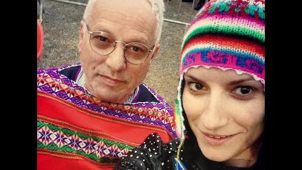 Laura Pausini comparte selfies con chullo y llamas