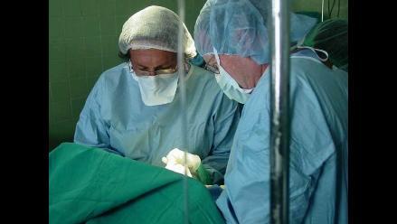 Conozca el trabajo  altruista los  médicos peruanos residentes en EEUU
