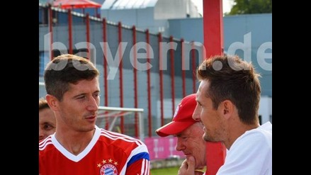 Miroslav Klose visitó a plantel de Bayern Munich en la pretemporada
