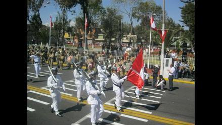 Arequipeños disfrutaron del tradicional desfile cívico - militar