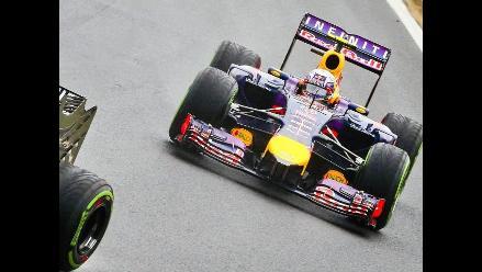 Daniel Ricciardo se llevó el GP de Hungría tras pasar al final a Alonso