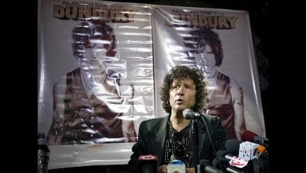 Enrique Bunbury quiere revisitar su repertorio de Héroes del Silencio