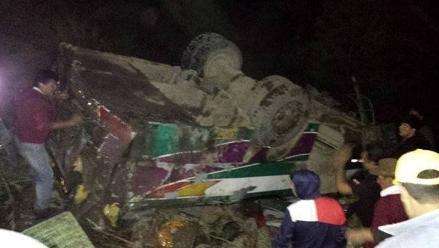 Aumentan a 18 los fallecidos en Cajatambo por despiste de vehículo