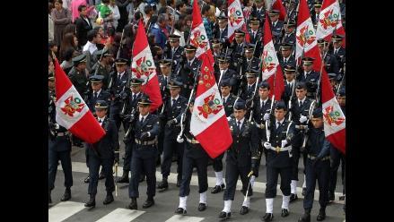 La Fuerza Aérea del Perú desfiló en la Gran Parada Militar