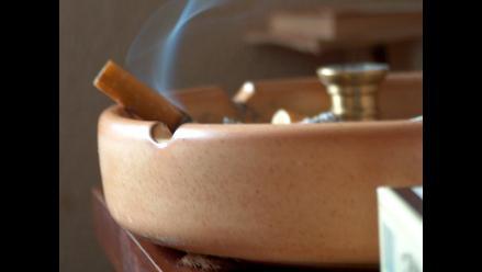 Humo del cigarrillo aumenta riesgo de muerte súbita en bebés
