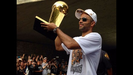 Francés Tony Parker extiende su contrato con San Antonio Spurs