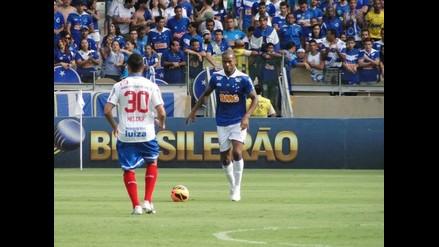 Cruzeiro sigue líder en Brasil, pero se acercan sus escoltas
