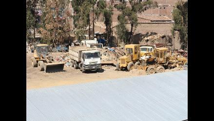 Huancayo: Fiscalía y Diresa intervienen local donde se guardaban desechos
