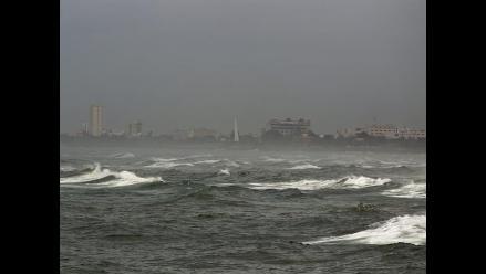 Tormenta Bertha avanza a gran velocidad hacia el norte del Atlántico