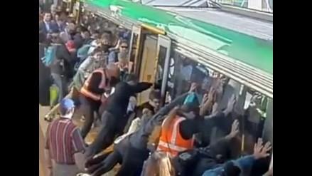 Australia: Multitud levantó en peso vagón para rescatar a pasajero