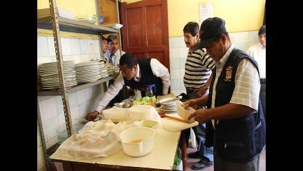 Chiclayo: realizan trabajos de vigilancia sanitaria a restaurantes