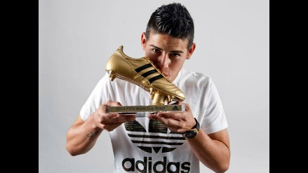 James Rodríguez recibe la Bota de Oro como goleador del Mundial de Brasil