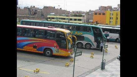 Ayacucho: hallan polos con estampado senderista que eran enviados al Vraem