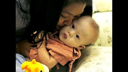Pareja australiana reclamará el bebé abandonado con síndrome de Down