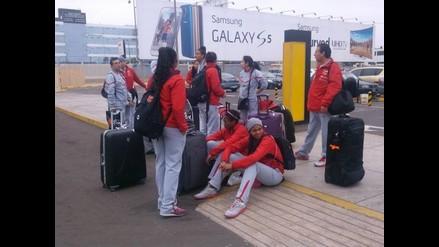 Selección de voleibol regresó del Grand Prix y se olvidaron de recogerlas