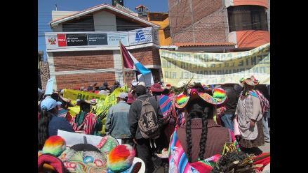 Puno: pobladores exigen que empresa deje de contaminar río Coata