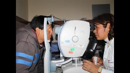 Degeneración macular asociada a la edad al 15% de la población peruana