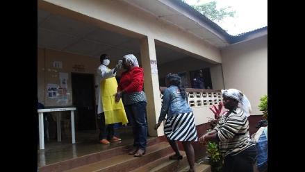 Enfermera se convierte en la cuarta víctima del ébola en Nigeria