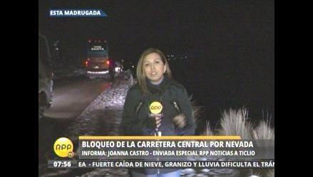 Tránsito lento en Ticlio por caída de nevada