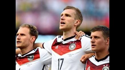 Per Mertesacker se une a Klose y Lahm y deja la selección alemana