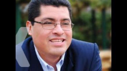 Surco: Denuncian uso de personal municipal para campaña de reeleccion
