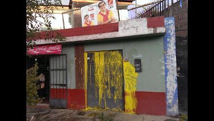 Lanzan pintura y huevos a vivienda de candidato por Huancayo
