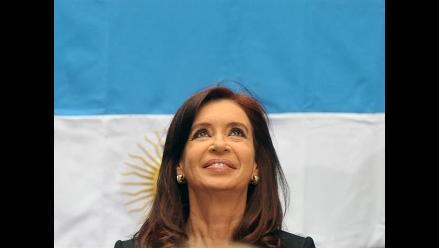 Cristina Fernández defiende su proyecto para el pago local de deudas