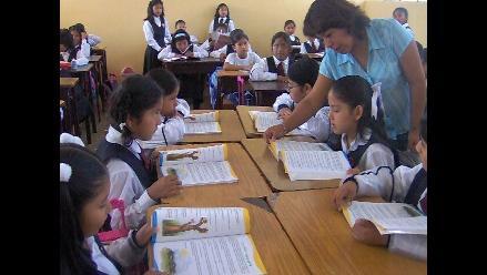 Jara: de 2014 al 2015 se realizará concursos para ascender 50 mil docentes