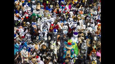 Así fue la convención de peluches gigantes en Alemania
