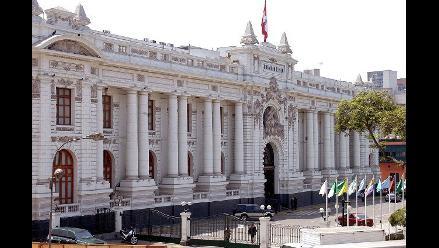 Oposición quiere cambios en el gabinete para dar el voto de confianza
