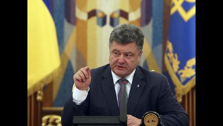 Poroshenko: Ucrania ha demostrado que puede defenderse