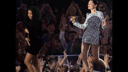 VMAs 2014: Nicki Minaj sufre percance con vestuario en show inaugural