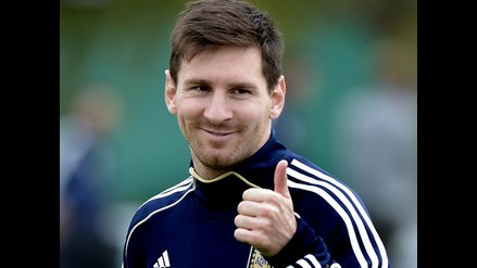 Lionel Messi, Javier Mascherano entre otros en el ´Partido por la paz´