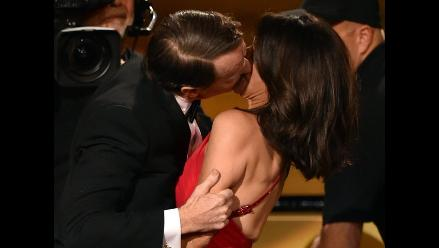 Emmy 2014: el espectacular beso de Bryan Cranston a Julia Louis-Dreyfus