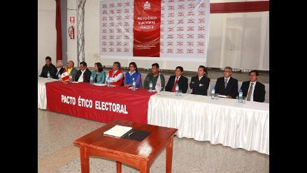 Chimbote: candidatos provinciales firman pacto de gobernabilidad