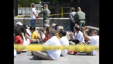 Más de 100 se dejan arrestar ante Casa Blanca por reforma migratoria