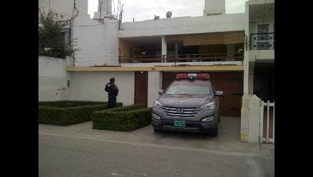 Trujillo: resguardan casa de congresista José León tras alquiler a narco