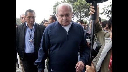 Pedro Cateriano justifica bono de S/.2.800 a edecanes militares
